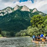 Image: Rafting down the Dunajec Gorge